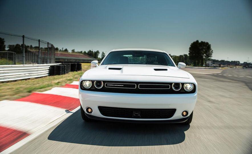 2015 Dodge Challenger SXT Plus - Slide 3