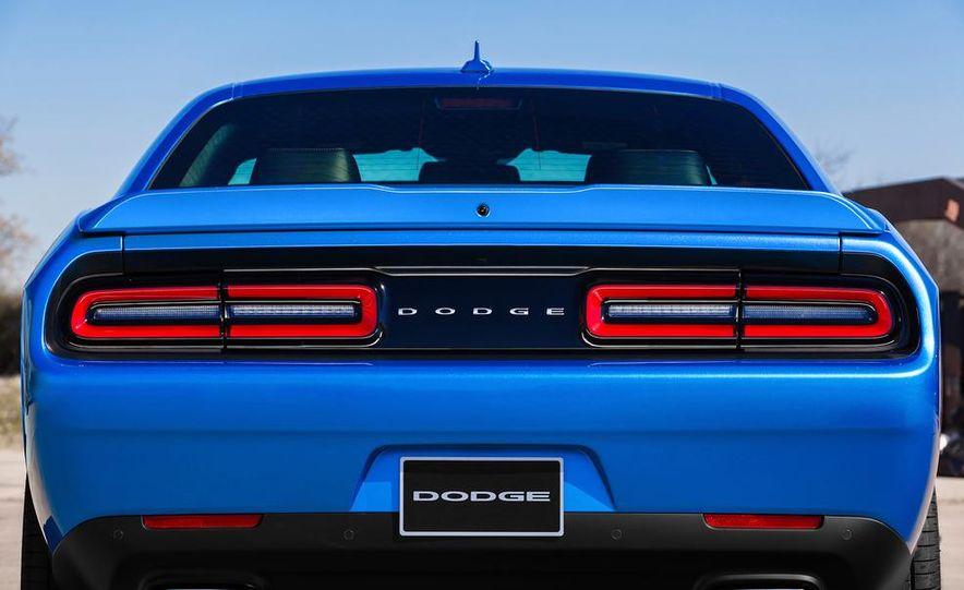 2015 Dodge Challenger SXT Plus - Slide 16