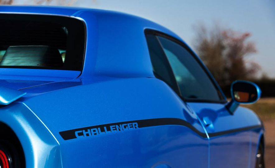 2015 Dodge Challenger SXT Plus - Slide 20