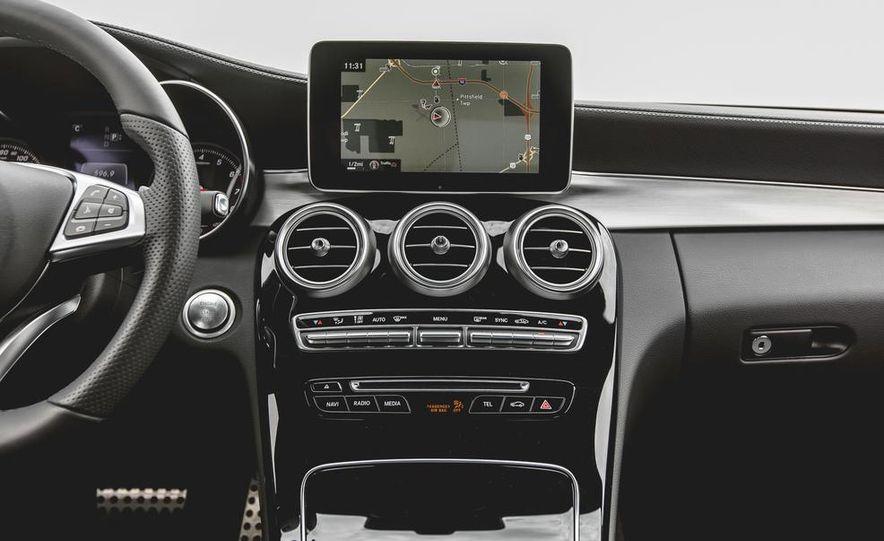 2015 Mercedes-Benz C300 4MATIC - Slide 29