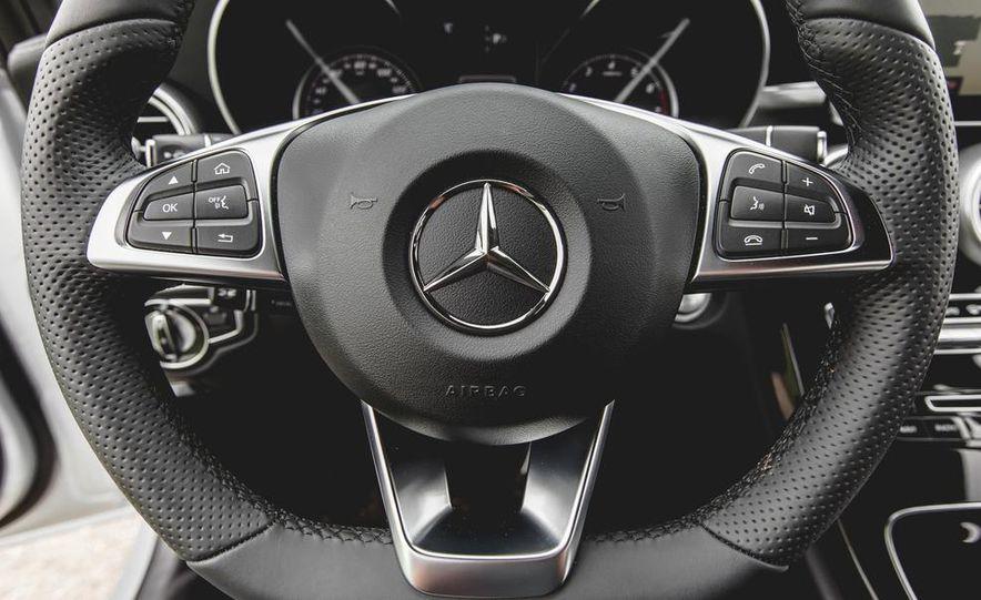 2015 Mercedes-Benz C300 4MATIC - Slide 31