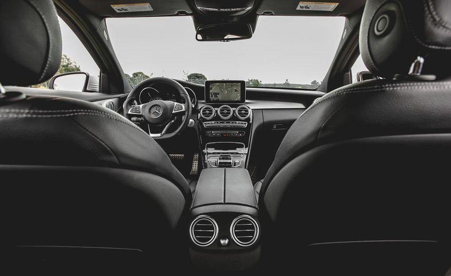 2015 Mercedes-Benz C300 4MATIC - Slide 41