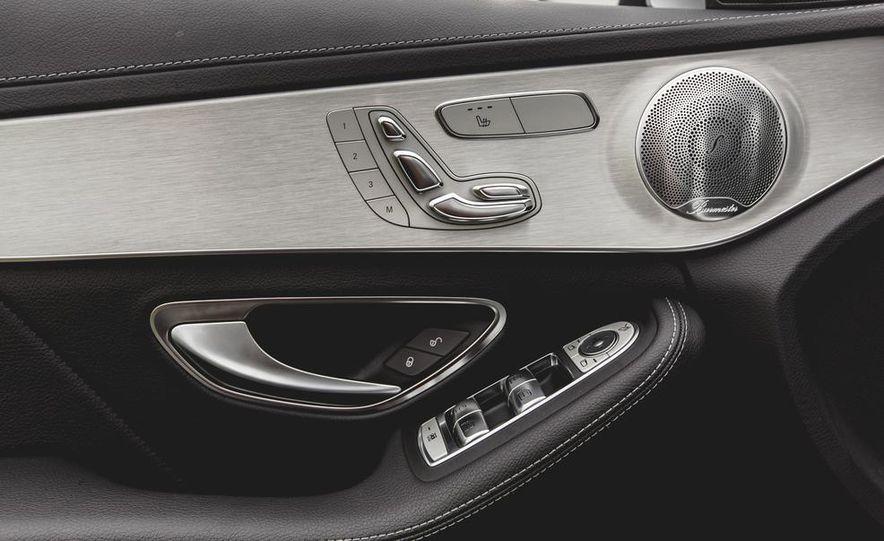 2015 Mercedes-Benz C300 4MATIC - Slide 42