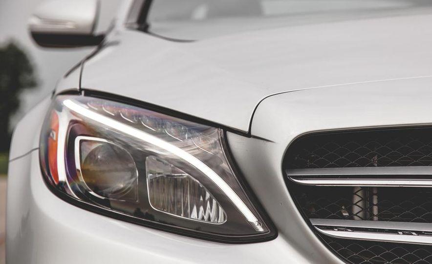 2015 Mercedes-Benz C300 4MATIC - Slide 7