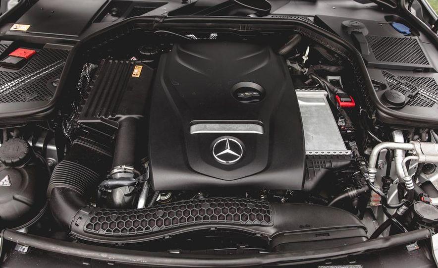 2015 Mercedes-Benz C300 4MATIC - Slide 46