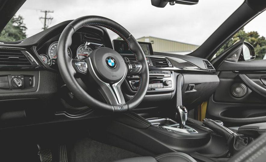 2015 BMW M4 - Slide 23