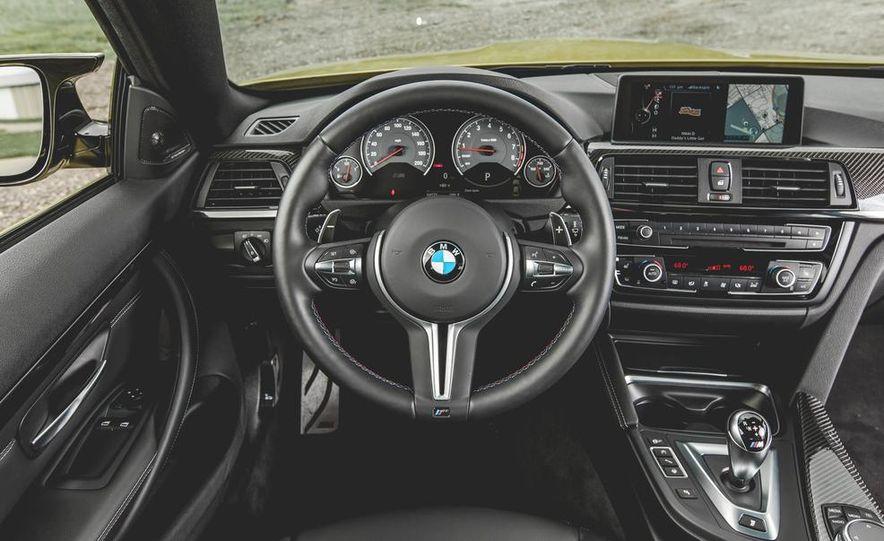 2015 BMW M4 - Slide 25