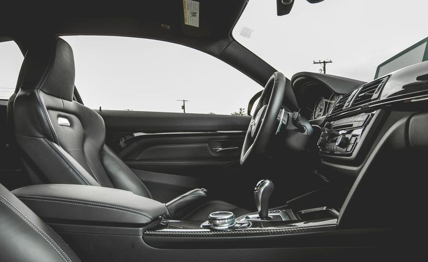 2015 BMW M4 - Slide 31