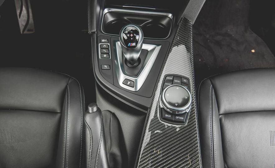 2015 BMW M4 - Slide 40