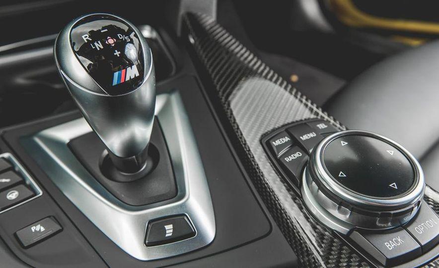 2015 BMW M4 - Slide 43