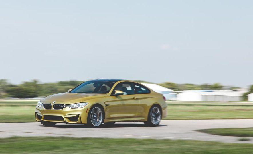 2015 BMW M4 - Slide 2