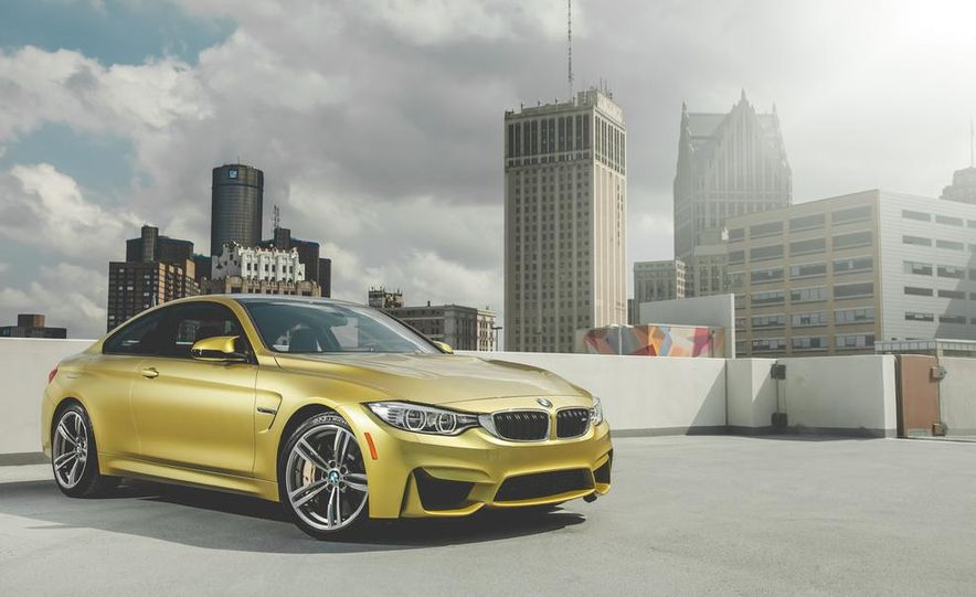 2015 BMW M4 - Slide 10