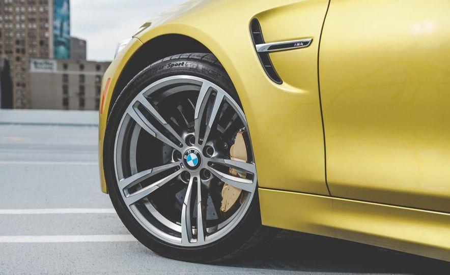 2015 BMW M4 - Slide 15