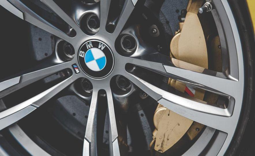 2015 BMW M4 - Slide 17