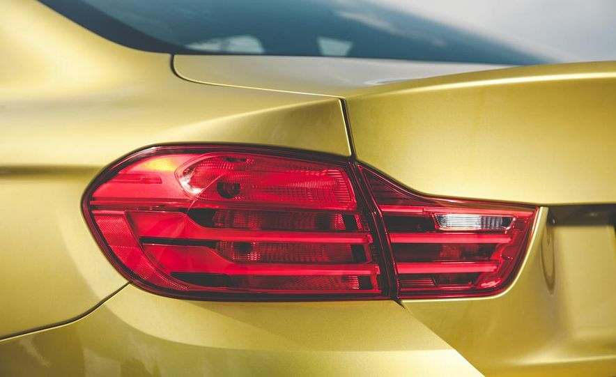 2015 BMW M4 - Slide 20