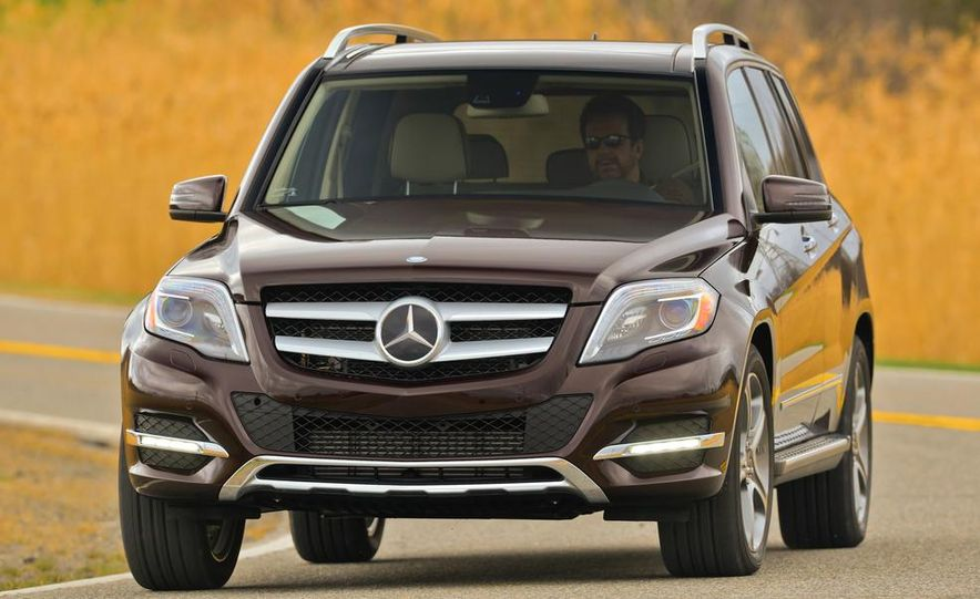 2014 Mercedes-Benz B-class Electric Drive model shown - Slide 59