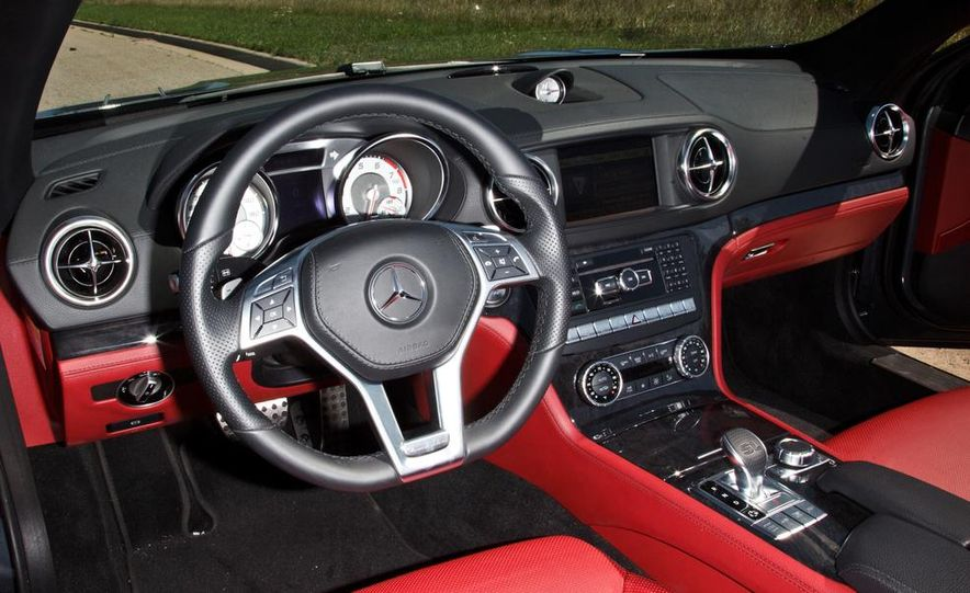 2014 Mercedes-Benz B-class Electric Drive model shown - Slide 78