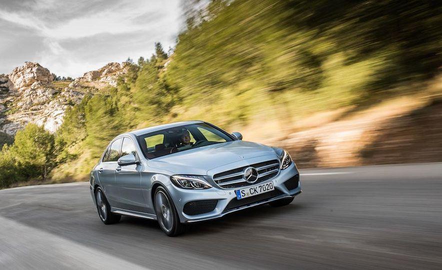 2014 Mercedes-Benz B-class Electric Drive model shown - Slide 8