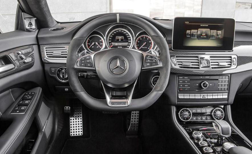 2014 Mercedes-Benz B-class Electric Drive model shown - Slide 31