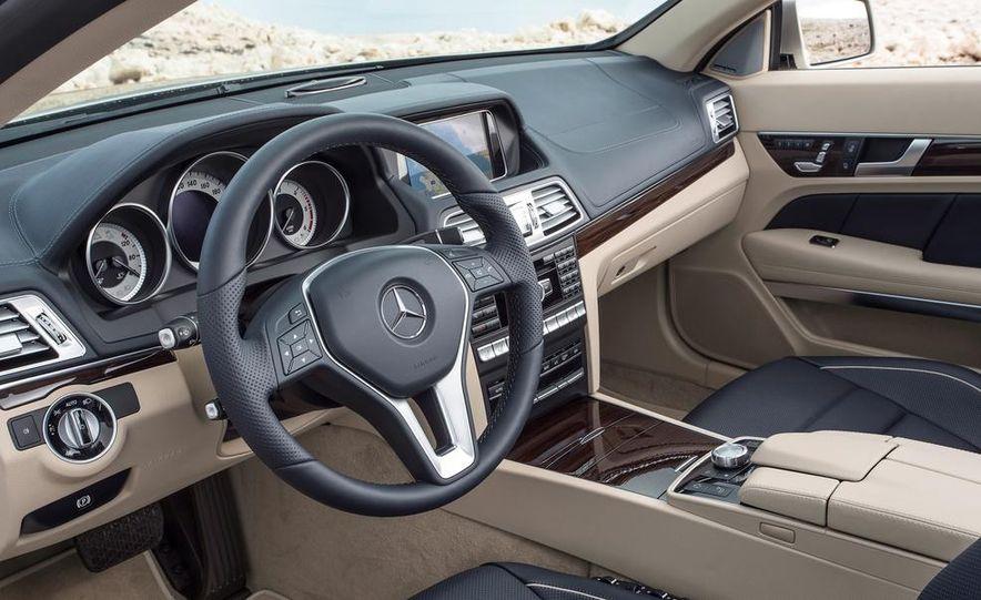 2014 Mercedes-Benz B-class Electric Drive model shown - Slide 34
