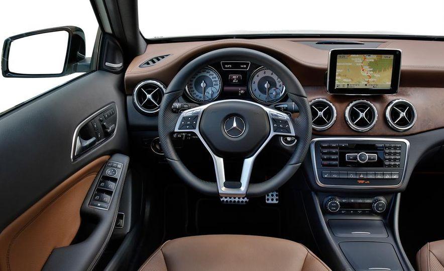 2014 Mercedes-Benz B-class Electric Drive model shown - Slide 58