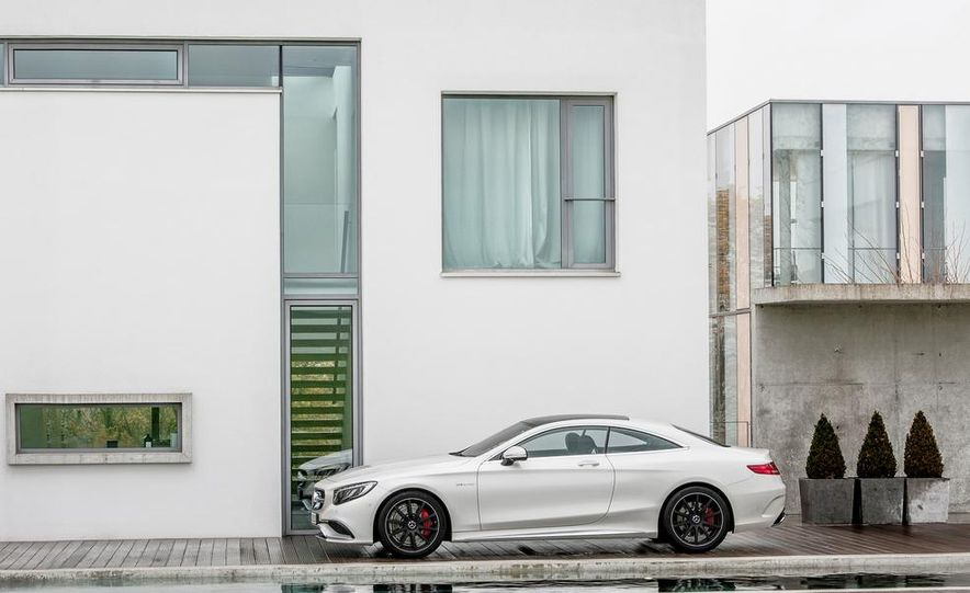 2014 Mercedes-Benz B-class Electric Drive model shown - Slide 68
