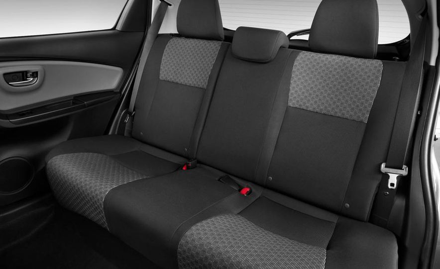 2015 Toyota Yaris SE - Slide 52