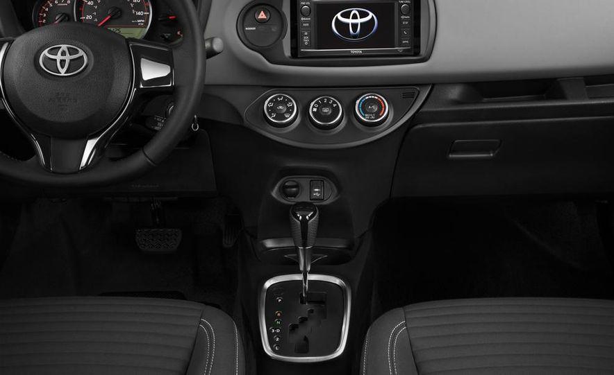2015 Toyota Yaris SE - Slide 54