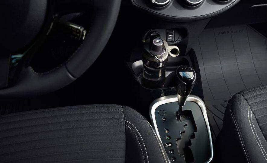 2015 Toyota Yaris SE - Slide 55