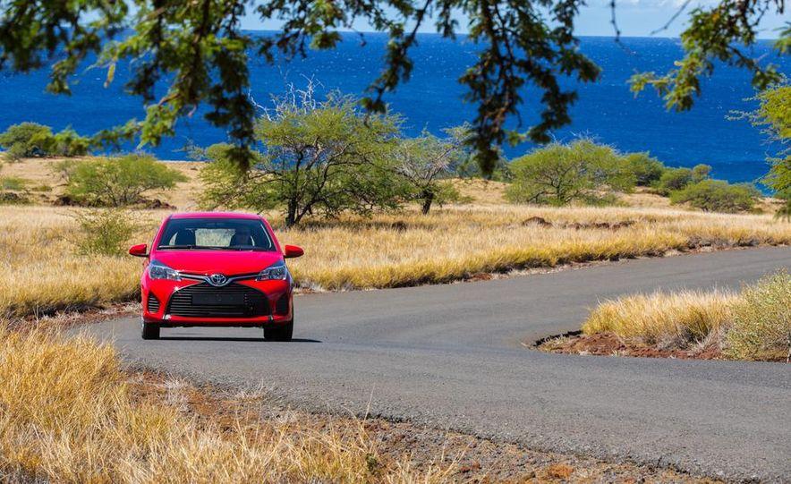 2015 Toyota Yaris SE - Slide 31
