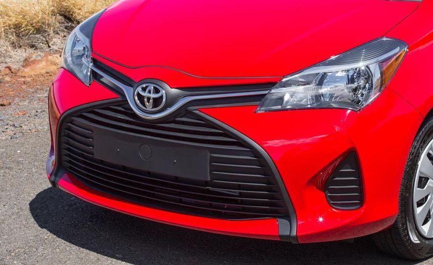 2015 Toyota Yaris SE - Slide 44