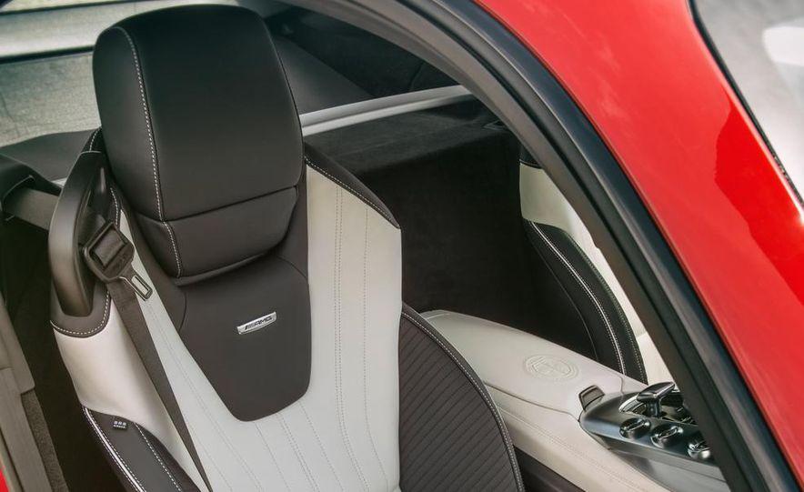 2016 Mercedes-AMG GT - Slide 29