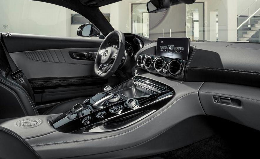 2016 Mercedes-AMG GT - Slide 59