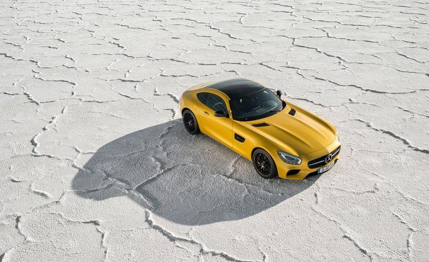 2016 Mercedes-AMG GT - Slide 40