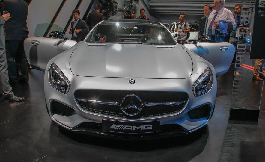 2016 Mercedes-AMG GT - Slide 7