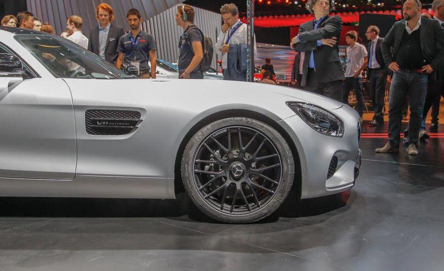 2016 Mercedes-AMG GT - Slide 9
