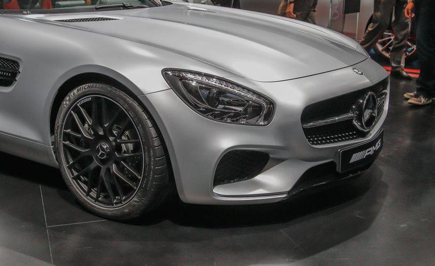 2016 Mercedes-AMG GT - Slide 11