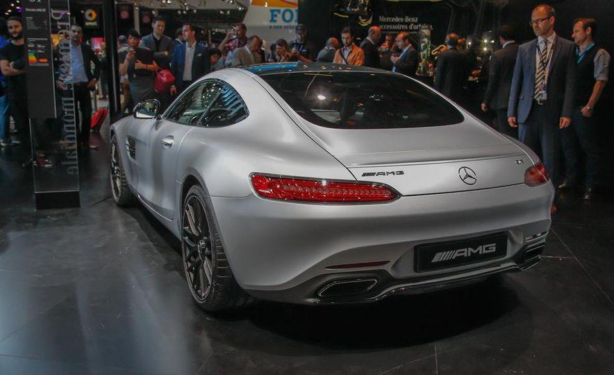 2016 Mercedes-AMG GT - Slide 15