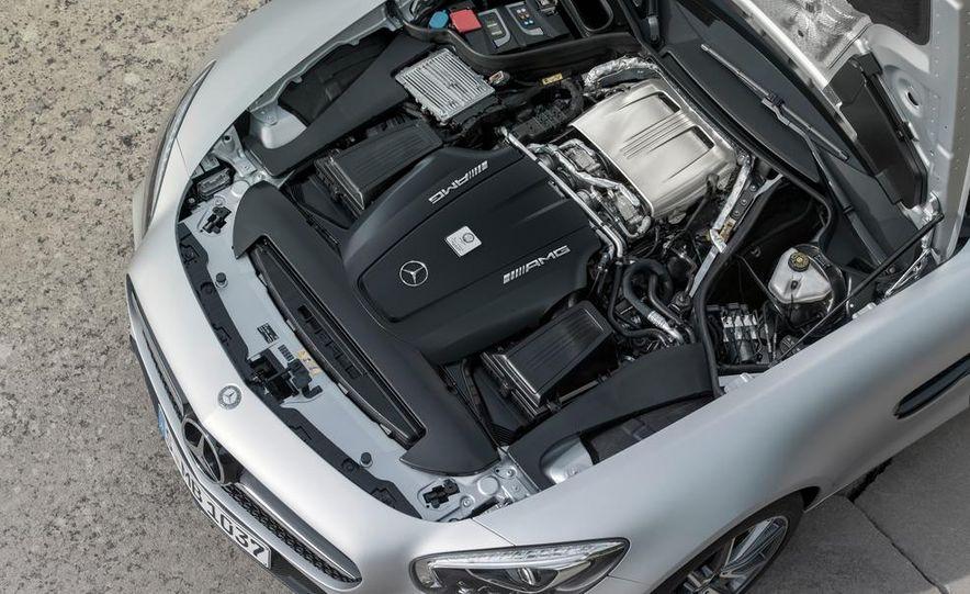 2016 Mercedes-AMG GT - Slide 58