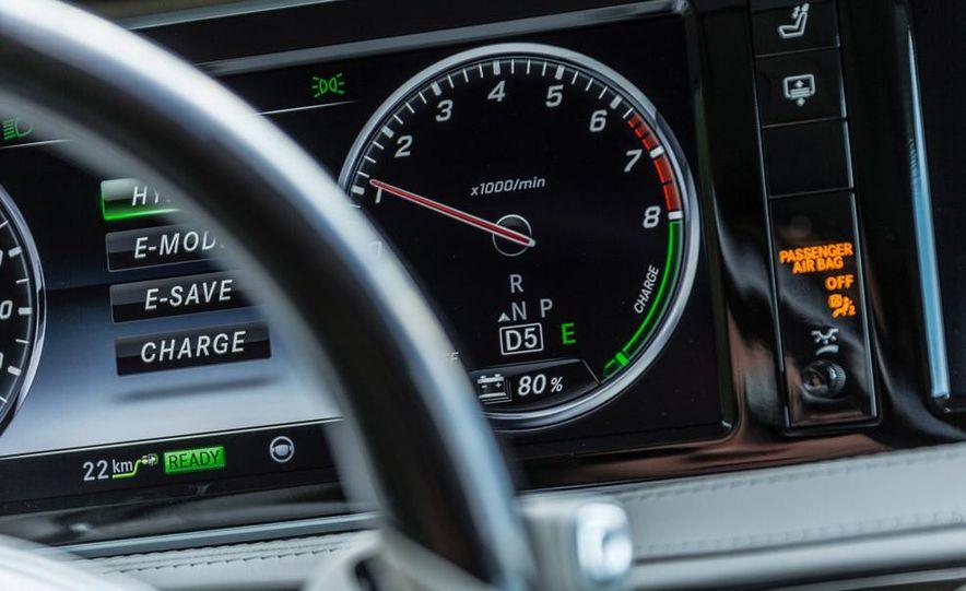 2015 Mercedes-Benz S550 plug-in hybrid - Slide 30