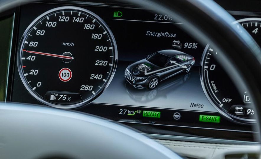 2015 Mercedes-Benz S550 plug-in hybrid - Slide 31