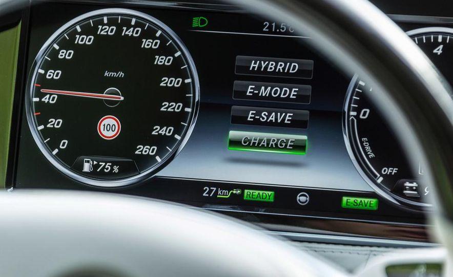 2015 Mercedes-Benz S550 plug-in hybrid - Slide 32