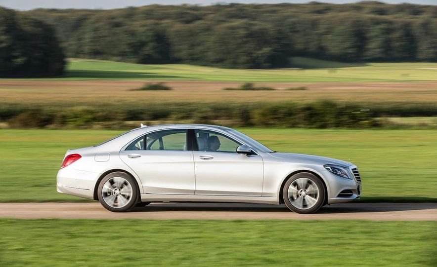 2015 Mercedes-Benz S550 plug-in hybrid - Slide 14