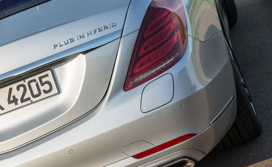 2015 Mercedes-Benz S550 plug-in hybrid - Slide 21