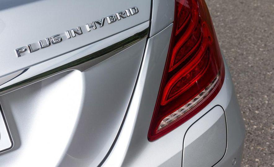 2015 Mercedes-Benz S550 plug-in hybrid - Slide 22
