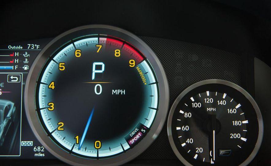 2015 Lexus RC F - Slide 62