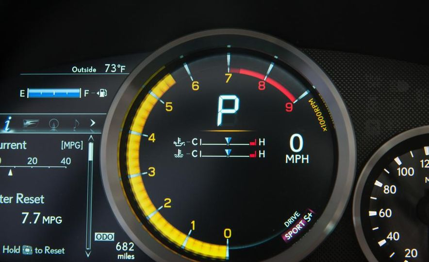 2015 Lexus RC F - Slide 63