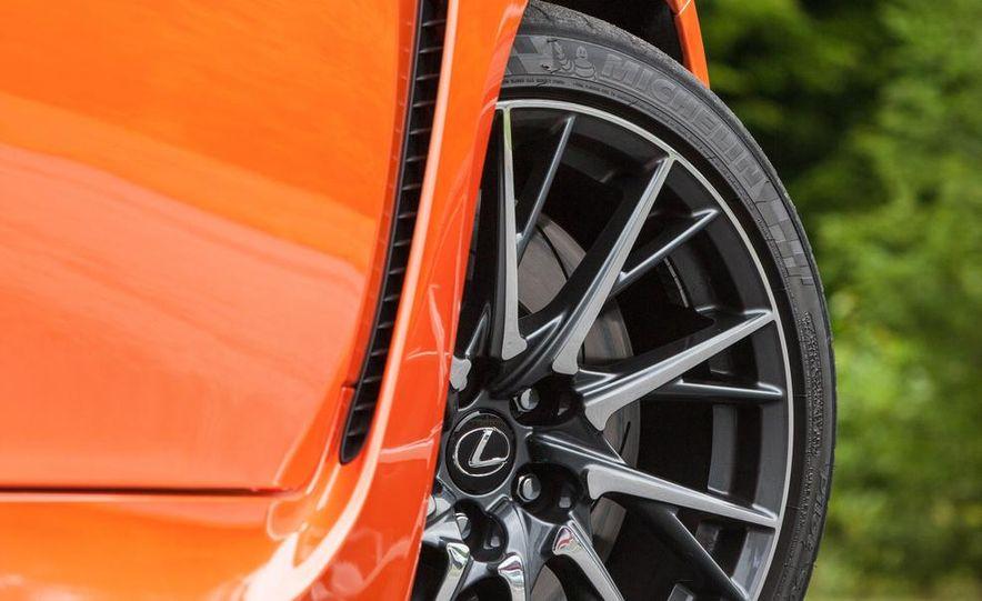 2015 Lexus RC F - Slide 34