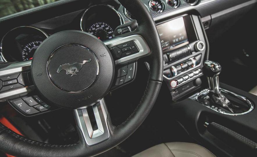 2015 Ford Mustang 2.3L EcoBoost - Slide 18