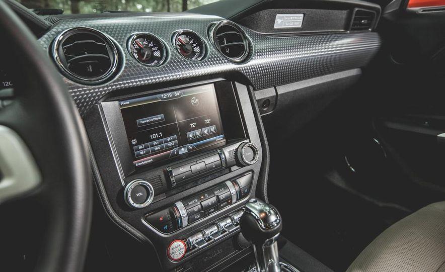 2015 Ford Mustang 2.3L EcoBoost - Slide 19